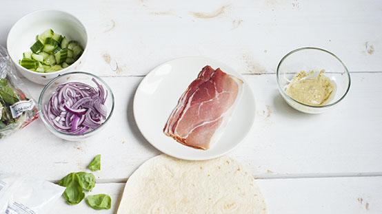 wraps met ham en pesto